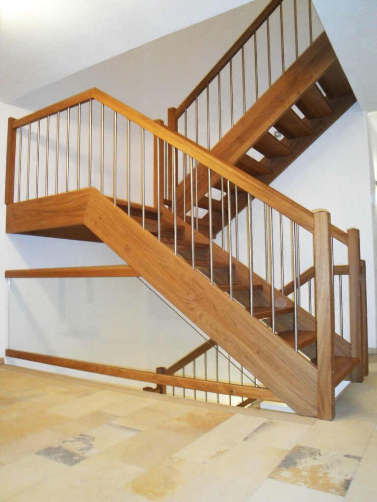 Innenausbau Treppe 01