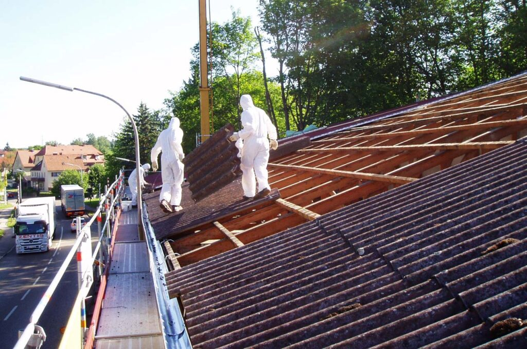 Schadstoffsanierung Asbestplattenabbau