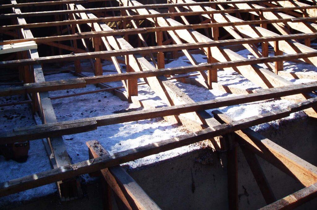 Schadstoffsanierung Unterkonstruktion